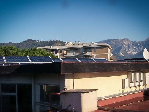 "Impianto fotovoltaico per Scuola Media ""G. Leopardi"", Carrara"